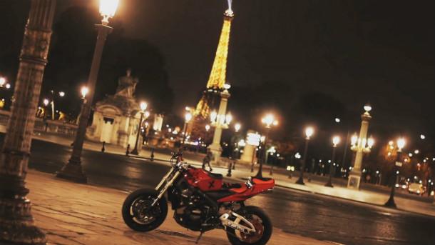 Taxi-Moto-a-Paris