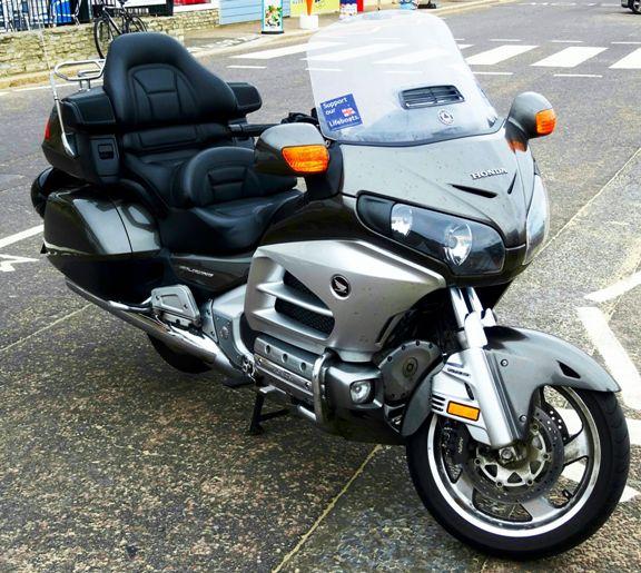 Taxi moto salon de Versailles